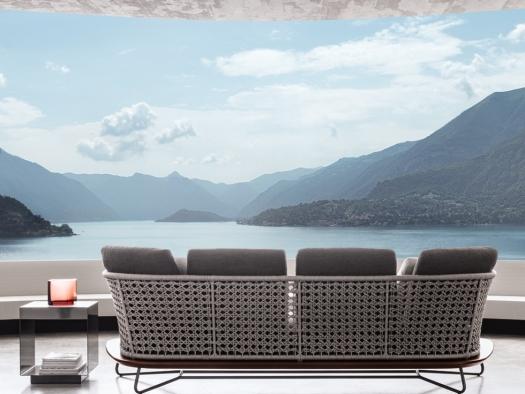 5 Outdoor Living Space Essentials