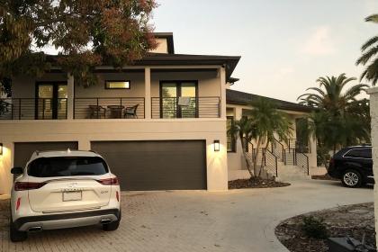 House in Sarasota, FL