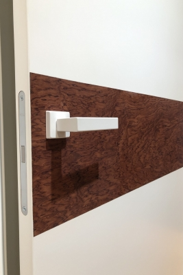 Image Radika Interior Door Royal White / Bubinga 2